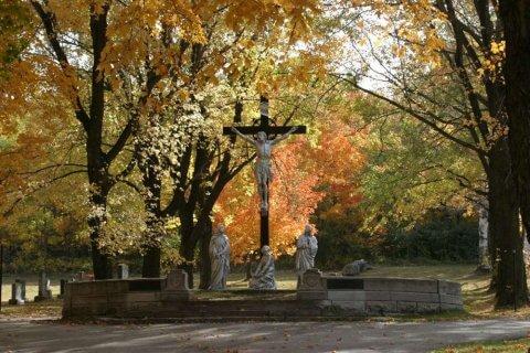 Corporation du cimetière Mont-Marie - Levis-calvaire